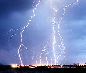 284px-lightning3